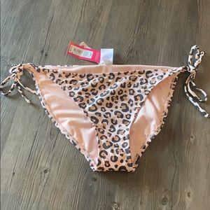 NWT Leopard Print String Bikini Bottom
